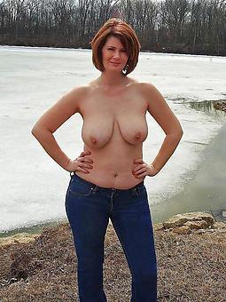Outdoor Nude Photo