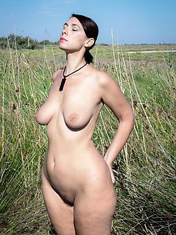 Curvy Pics