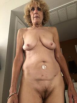 Pics granny mom Moms Plays