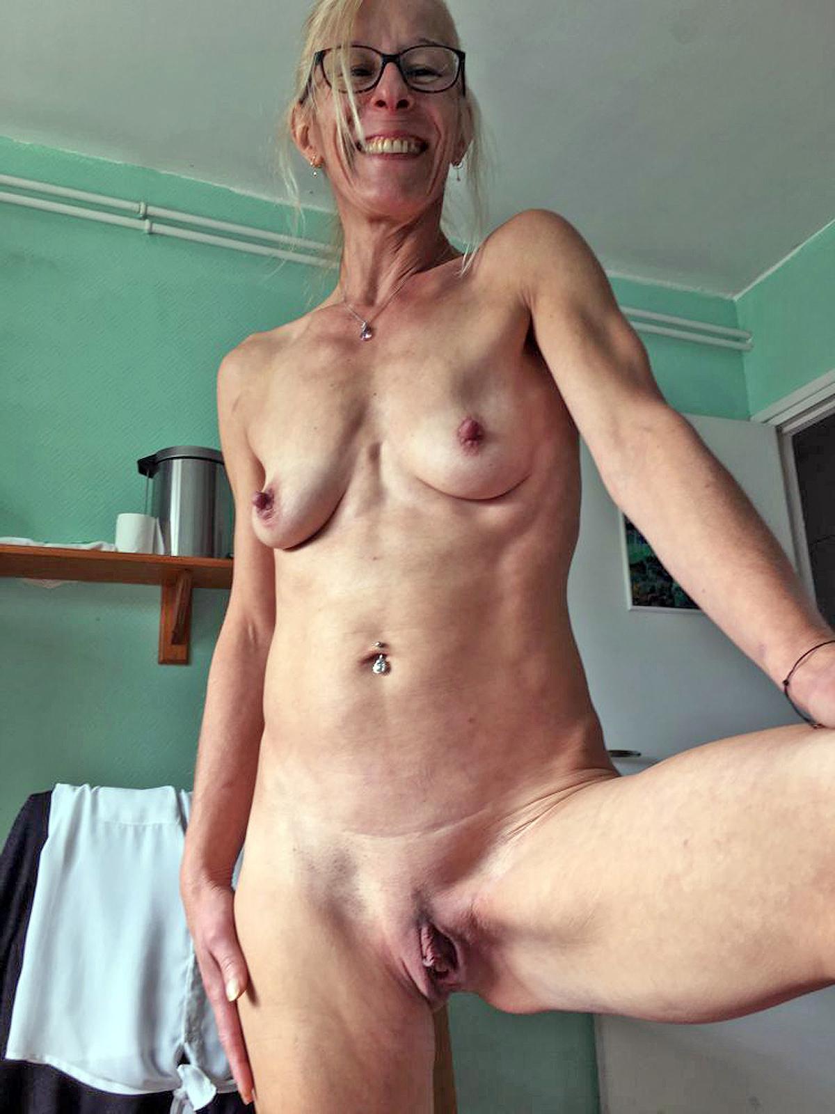 Saggy tumblr mature Mature Sluts
