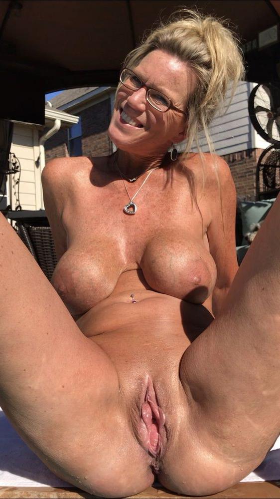 Ladies nude Nude Pussy