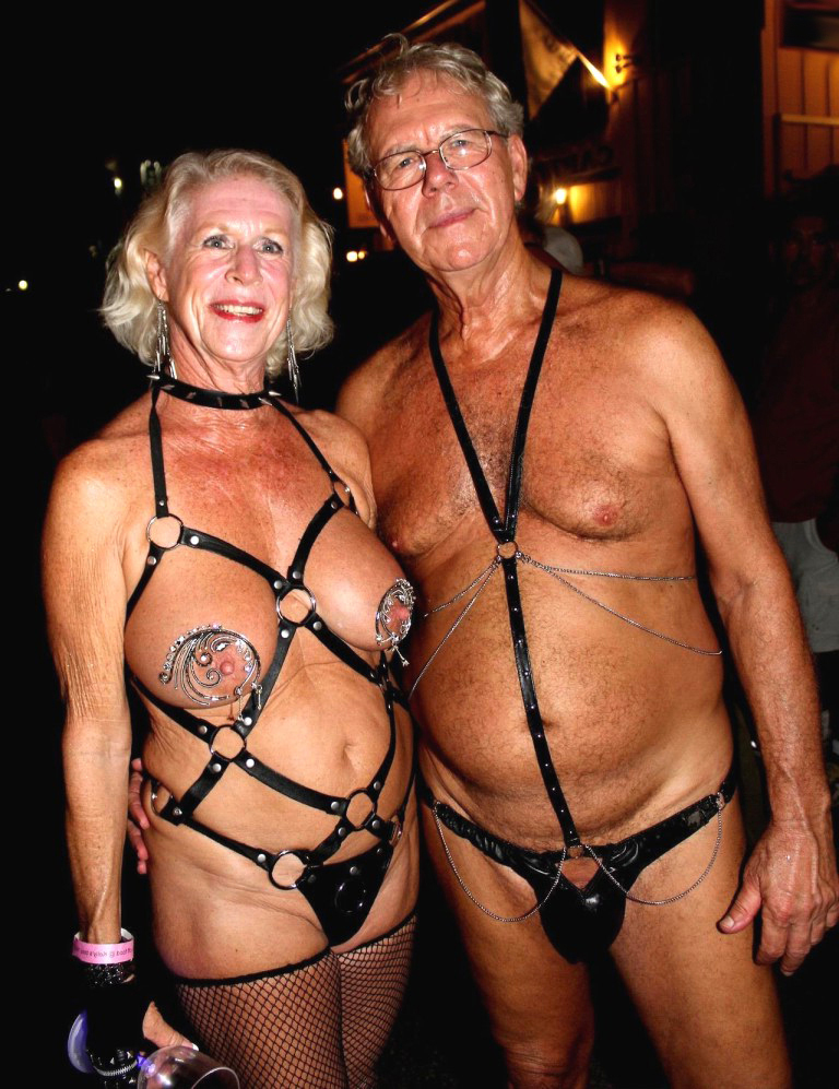 Pictures naked old couples Couple Pics